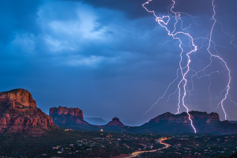 sedona lightning